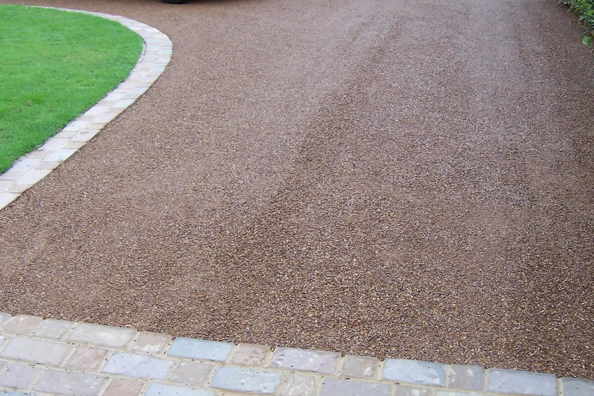 Five Advantages of Using Chip Seal for Your Driveway