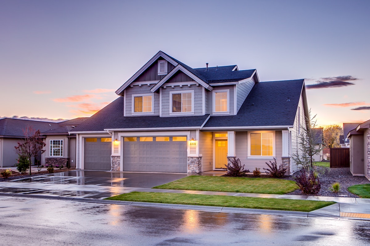 Five Ways to Improve Your Curb Appeal to Prepare Your Home for Resell